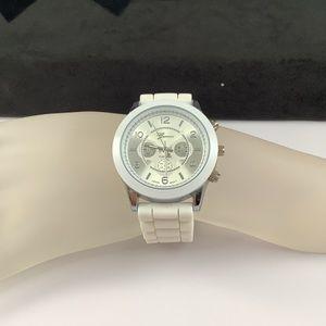 NWOT Geneva Platinum Women White Silicone Watch